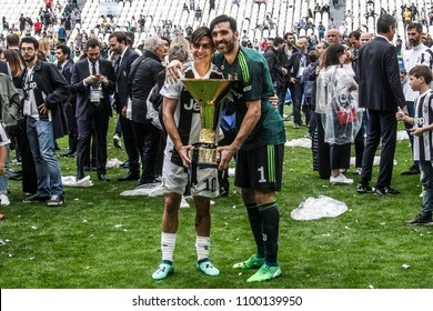 Turin, Italy. May 19, 2018. Allianz Stadium. Campionato Italiano SerieA, Juventus-Hellas Verona 2-1. Juventus awarded for the victory of the 7th championship in a row. Dybala and Buffon with trophy.