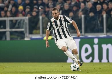 Turin, Italy. November 22, 2017. UEFA Champions League, Juventus - Barcelona 0-0. Gonzalo Higuain, Juventus.