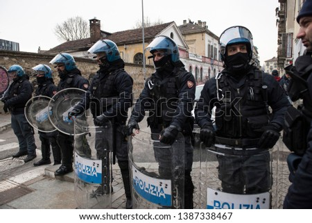 Turin Italy February 7 2019 Police Riot Gear Stock Photo