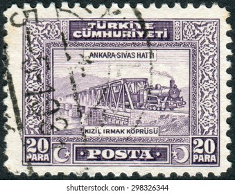 TURKEY - CIRCA 1930: Postage stamp printed in Turkey, depicted Railroad Bridge over Kizil Irmak, circa 1930