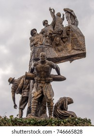 TURKEY, GALLIPOLI - MARCH 16, 2015: Monument of Victory in Echeban featuring Turkish soldier Corporal Seyit carrying a heavy artillery shell.