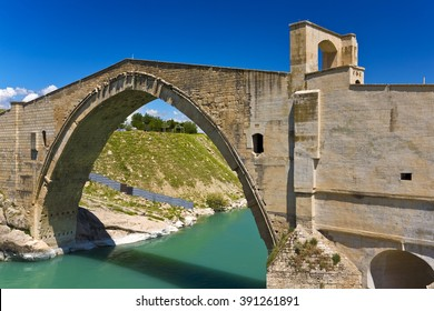 Turkey. The Malabadi Bridge on the Batman River (built 1146-1147 by Timurtas of Mardin)