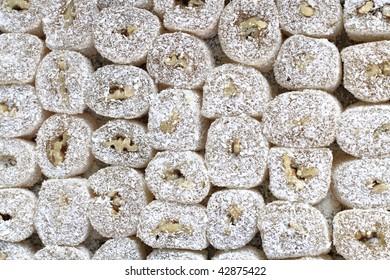 turkish delights with walnut