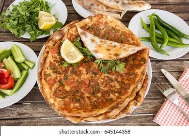 Turkish Foods; Lahmacun