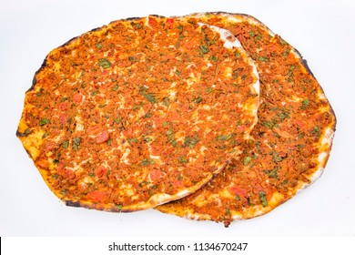 Turkish foods; Turkish pizza / Lahmacun
