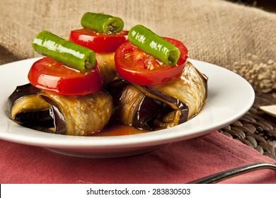 Türkischer Islim kofte meatball und Auberginen