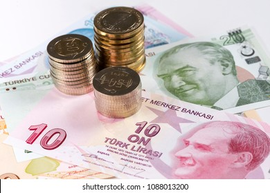 Turkish Lira banknotes and coins.