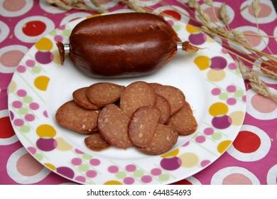 a turkish sausage with garlic called suzuk