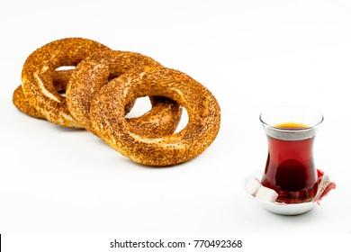 Turkish simit and tea