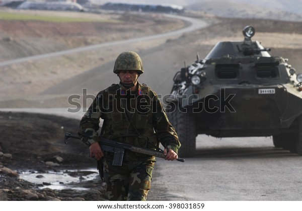 Turkish soldiers are providing border safety. Cizre, Sirnak, 13 March 2010