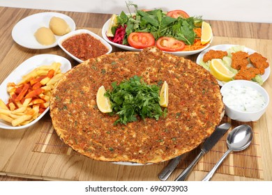 Turkish specialty pizza lahmacun