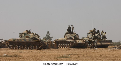 Turkish troops enter Syria to clear ISIL and YPG from Jarablus. (Operation's name is Euphrates Shield), 22 August 2016, Karkamis, Turkey
