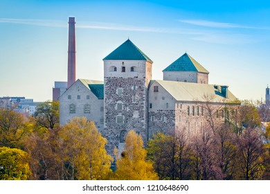 Turku Castle, Abo Castle is a Swedish castle in the city of Turku, which acquired a close-to-modern look during the reign of Gustav Vasa