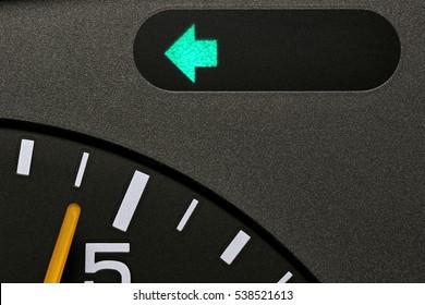 turn signal control light in car dashboard