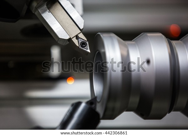 Turning treatment on the CNC turning machine