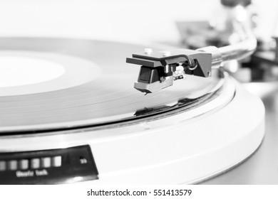 turntable black vinyl Headshell Cartridge closeup