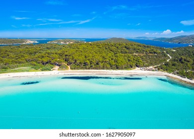 Turquoise lagoon bay on Sakarun beach on Dugi Otok island, Croatia, beautiful seascape and popular tourist destination