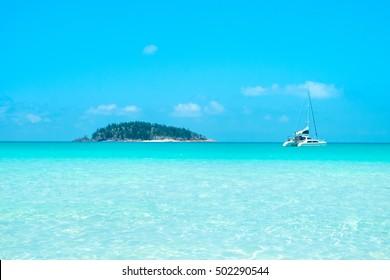 turquoise sea, Whitsunday island