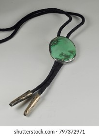 Turquoise string tie bolo