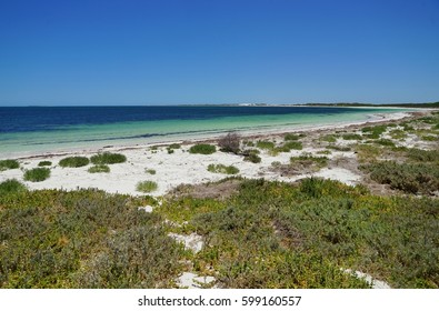 Turquoise waters and white sand in the Jurien Bay Marine Park on the Coral Coast of Western Australia
