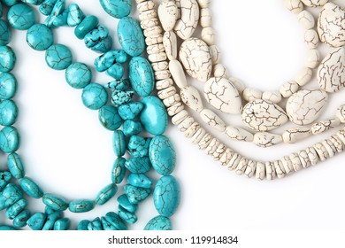 turquoise and white natural beads necklace
