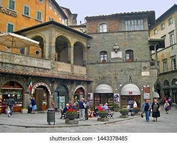 TUSCANY, CORTONA – SEPTEMBER 19, 2006: the beautiful Piazza della Repubblica. The square is the heart of Cortona.