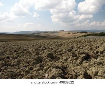 Tuscany - Landscape after harvests