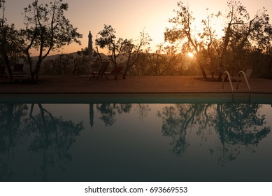 Tuscany, a swimming pool at sunset somewhere in Val d'Orcia - 05/30/2016