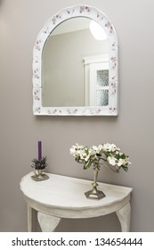Tuscany - white table and mirror in hall