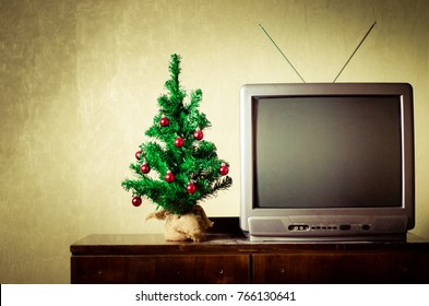 tv christmas tree christmas
