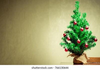 TV, Christmas tree, Christmas