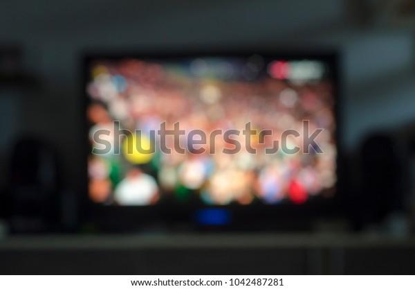 TV as wallpaper, tennis.
