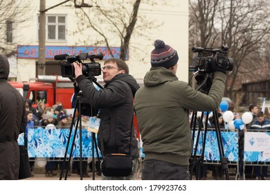 TVER, RUSSIA - MARCH 2, 2014: Journalists at the Paralympic Torch Relay in Tver. Relay runs from 26 February to 7 March
