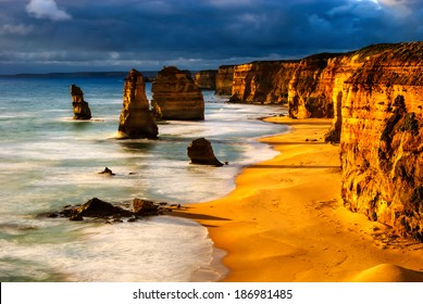 twelve apostles australia sunset great ocean road