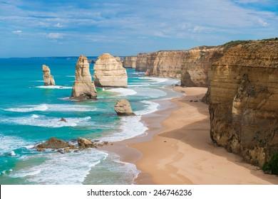 the Twelve Apostles, Victoria,Australia