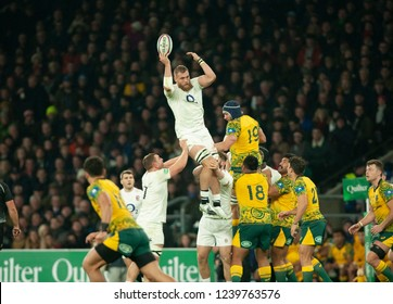 Twickenham, UK. 24th November 2018. England's Brad Shields catches a line out ball during the Quilter International Rugby match between England and Australia