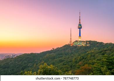 Twilight at Namsan Mountain and Seoul Tower, Seoul, South Korea