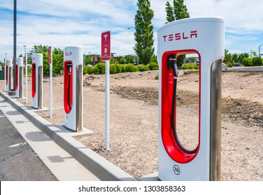 Twin Falls,Idaho,usa: 06-15-17 : Tesla supercharge Station near by Twin Falls Visitor Center.