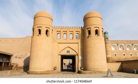 Twin-Turreted West Gate of Itchan Kala in Khiva, Khorezm Region, Uzbekistan (26.07.2016)
