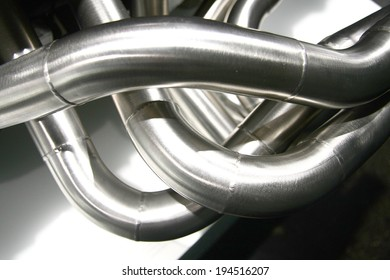 twisting exhaust pipes