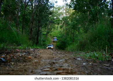 Two 4x4 trying Creb Track in North Queensland, Daintree Rainforest, Cape Tribulation, Australia
