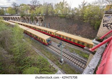 Two Berlin commuter trains encounter