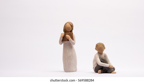 two child figures,