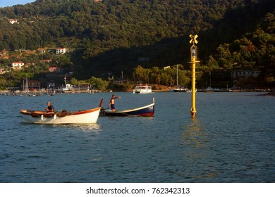 Two fishing boats in front of Palmaria Island