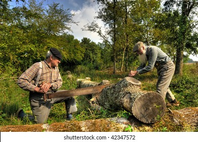 Two former farmer who saw a tree.