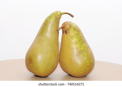 Two friendly pears.