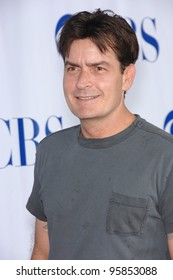Two and a Half Men star CHARLIE SHEEN at the CBS Summer Press Tour Stars Party at the Rose Bowl in Pasadena, CA.  July 15, 2006  Pasadena, CA  2006 Paul Smith / Featureflash