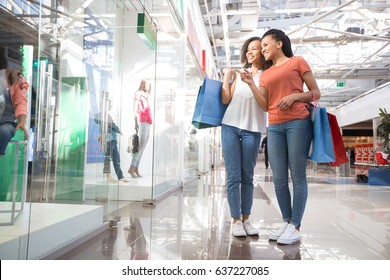 Consider, that Pictures of teens shopping