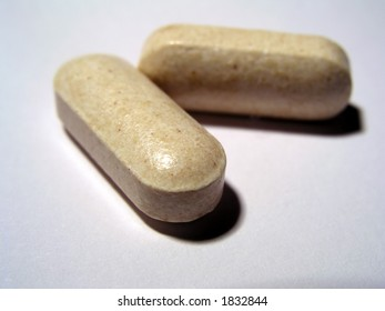 Two pills of vitamin C