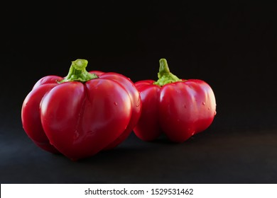Two Round of Hungary sweet peppers, specialty pimento cheese are ribbed, flattened peppers of intense red with very thick, sweet, delicious flesh.
